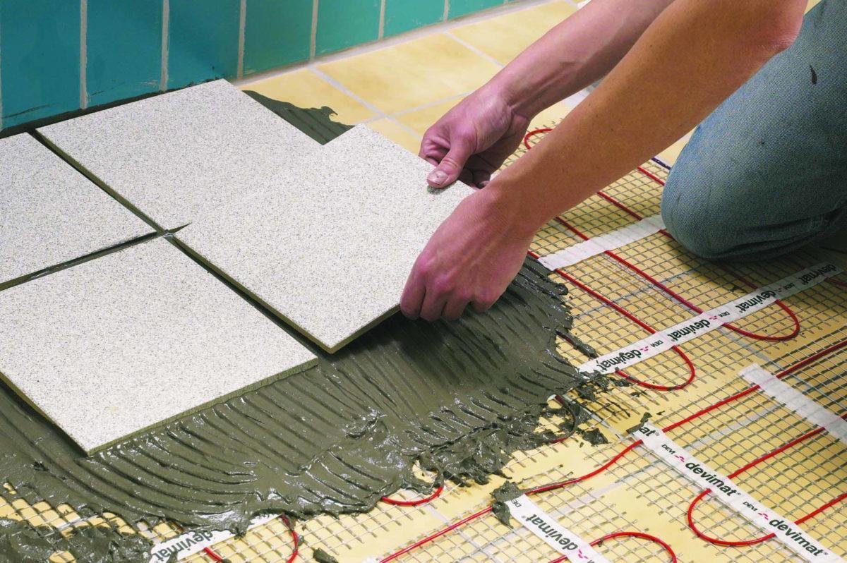 Укладка плитки на стену своими руками подробные